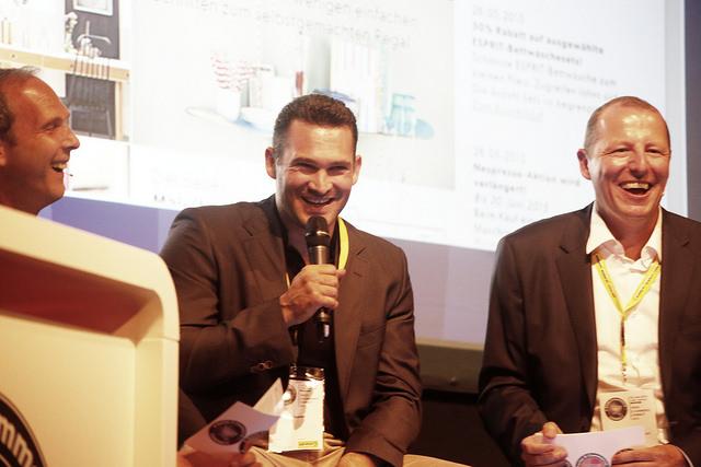 Marcel Dobler Mitgründer von Digitec, im Gespräch mit Malte Polzin und Thomas Lang an der E-Commerce Connect Konferenz im Juni 2015 im Kaufleuten, Zürich