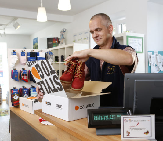 Stationäre Modehändler packen für Zalando die Pakete - Quelle: Zalando Corporate Communications
