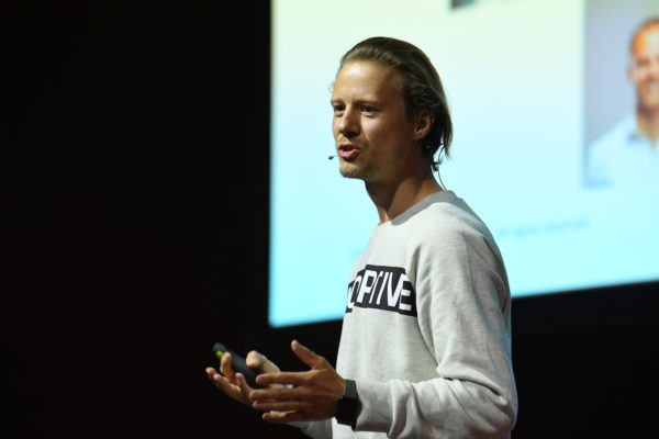 Muss es immer der Status Quo sein? – Videomitschnitt der #dcomzh Keynote