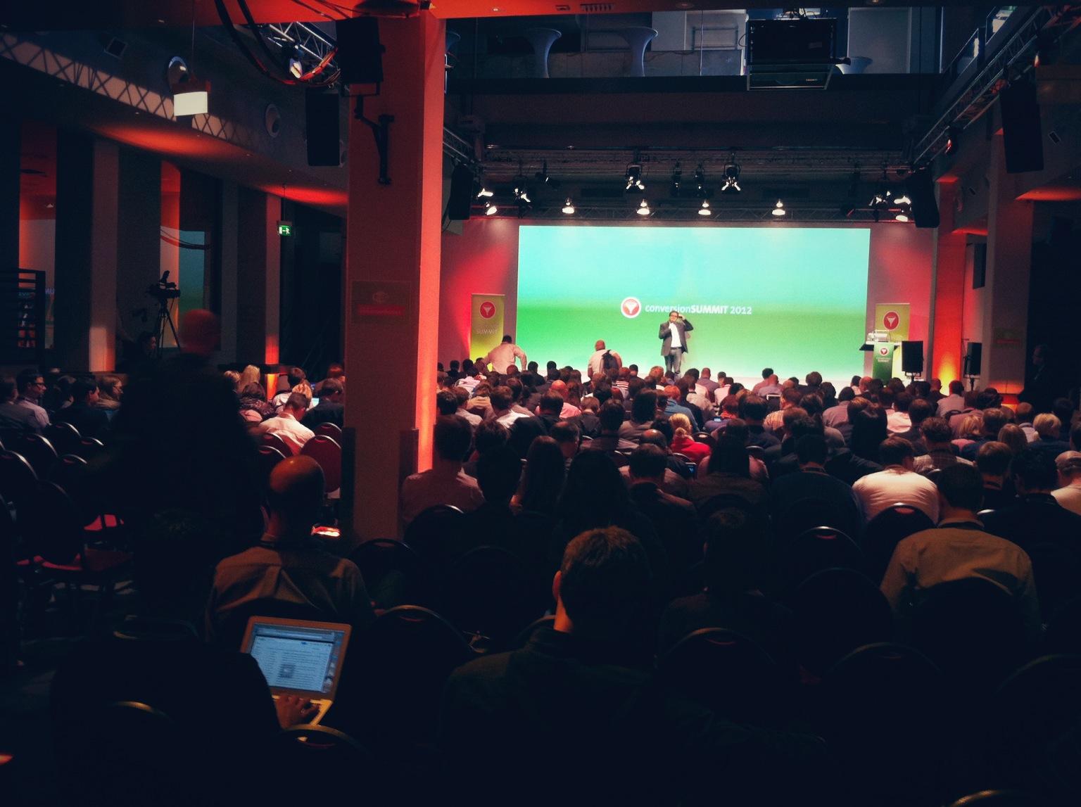 Über 300 Zuhörer am 3. European Conversion Summit in Frankfurt