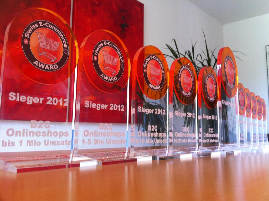 Swiss E-Commerce Award Trophäen