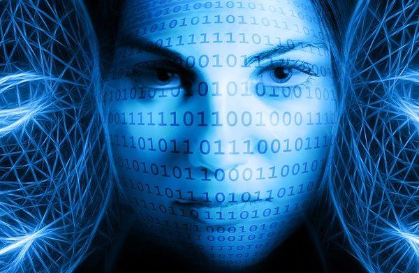 evecommerce: Weibliche KI und die Wichtigkeit von Reviews