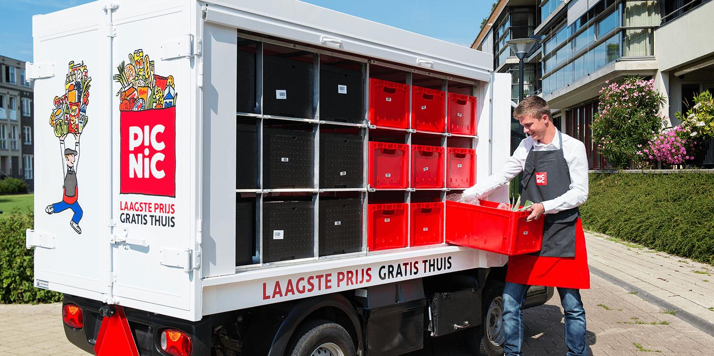 Die Elektrofahrzeug des niederländischen Online-Lebensmittelhändlers Picnic sind vom selben Typ wie diejenigen vom Schweizer Startup Farmy.ch