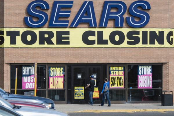 Sears - der einstige grösste Retailer der Welt meldete just zum 125-jährigen Jubiläum Insolvenz an.