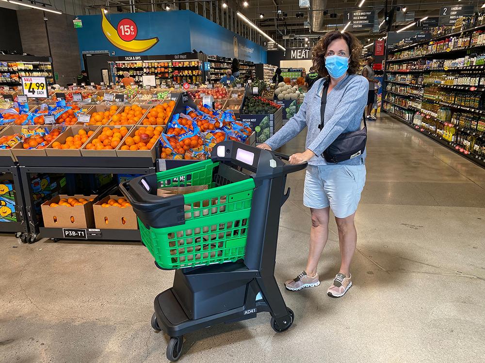 Amazon Fresh Supermarkt: High Tech Einkaufswagen - Bild: Thomas Lang